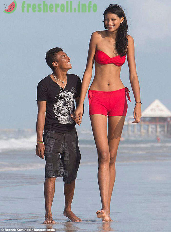 The world's tallest girl and her boyfriend