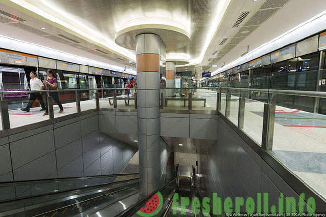 Tour of the Underground in Singapore